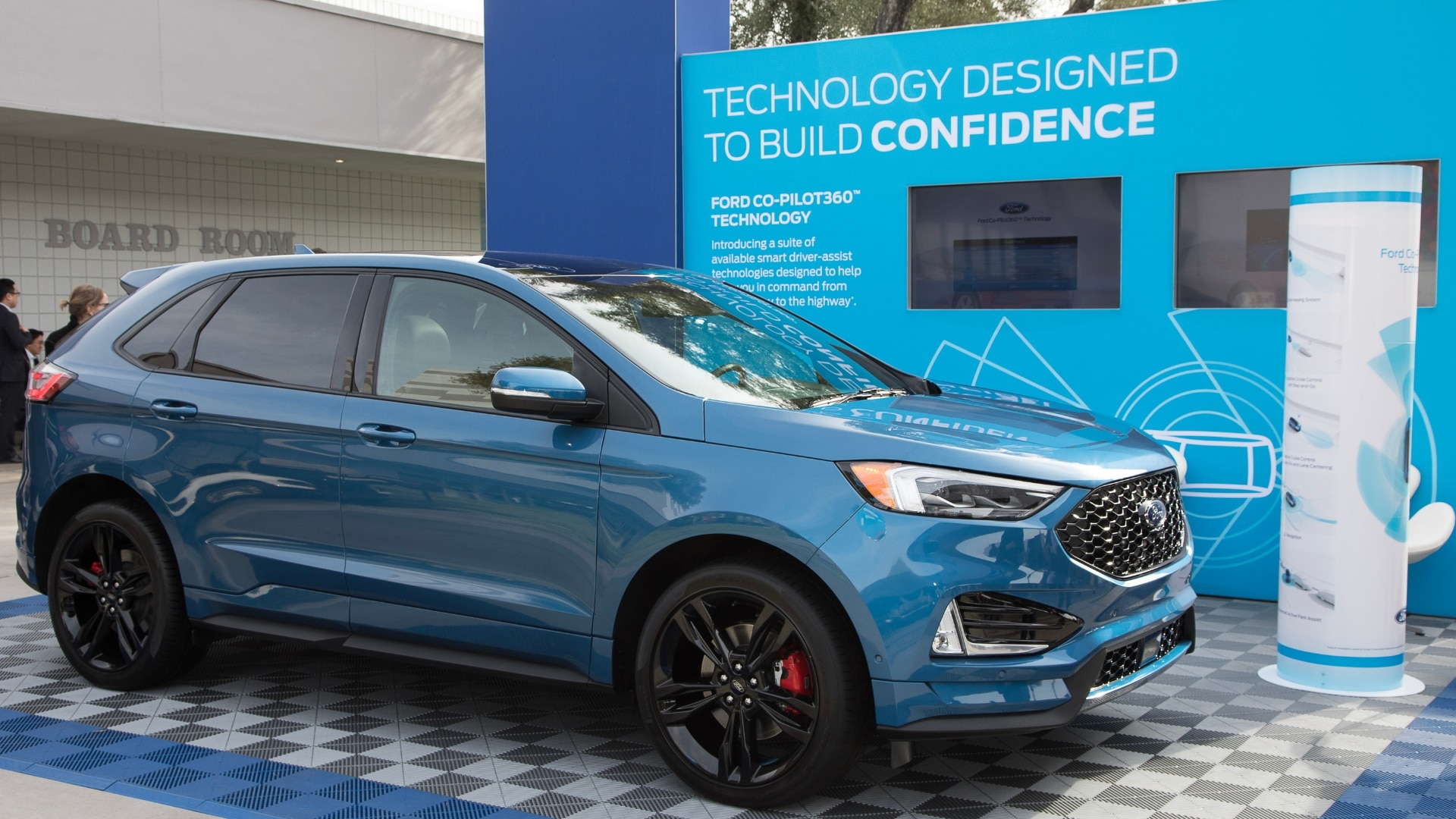 ford-ces-2019-booth